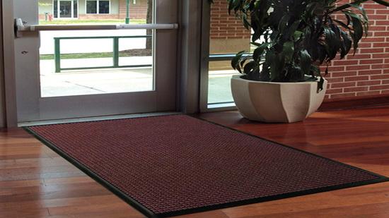 Straighten floor mats